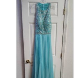 "NWT Custom Tiffany Gown by ""Winning Crown"" size16"
